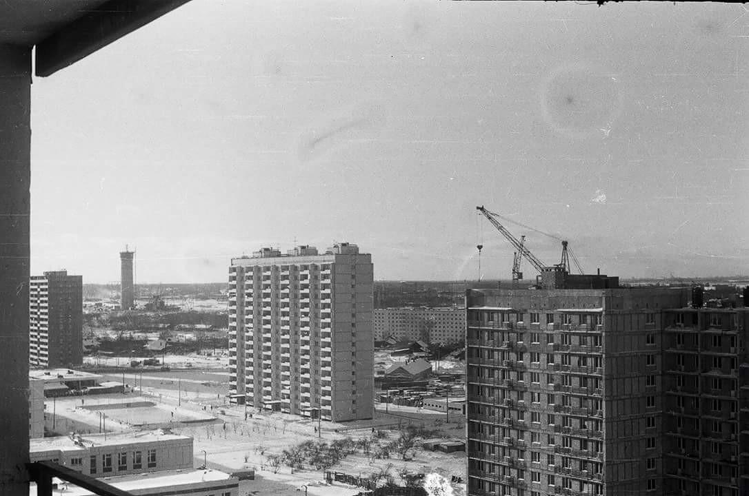 1974 Из домашнего архива Ольги Халтуриной, с дома по адресу Нежинская улица 19к2