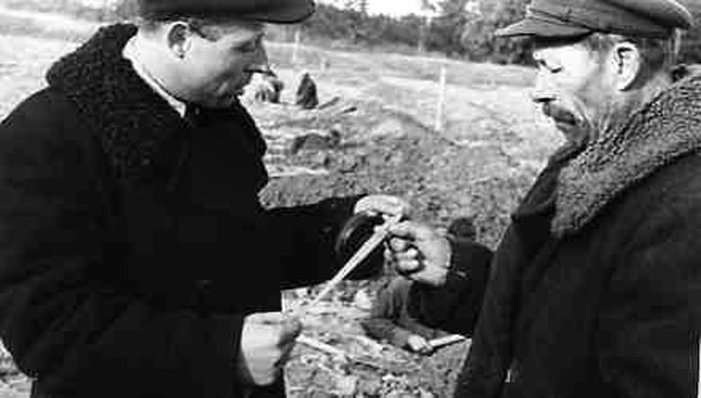 1939 Директор совхоза Очаково Кунцевского района А.С. Чураков (слева)2