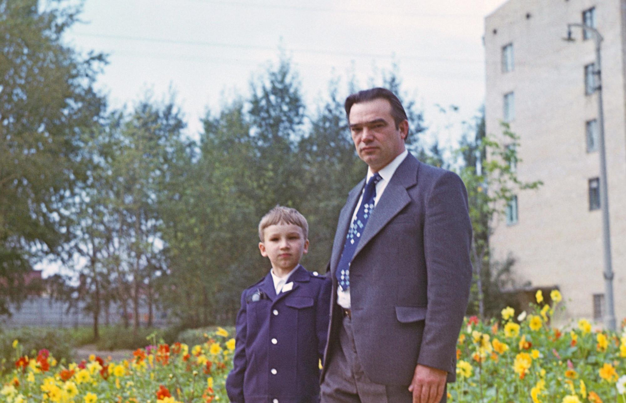 1978, 1 сентября. Сквер на Марии Поливановой. Алексей Пучков2