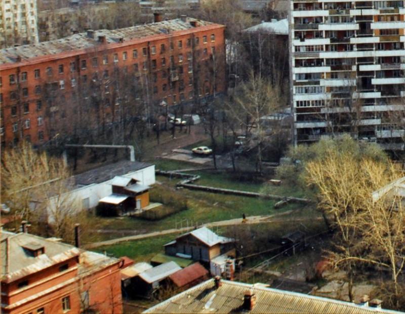 2004 Голубиный двор