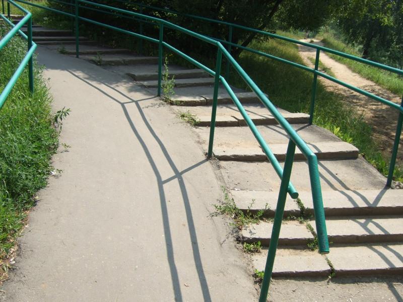 Лестница у дамбы