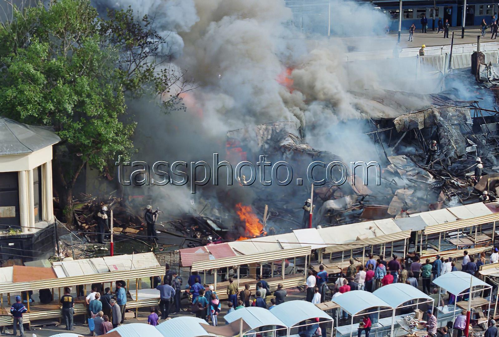 1994 1 июля 1994 г. Тушение пожара у платформ Киевского вокзала. Зуфаров Валерий_cmpk