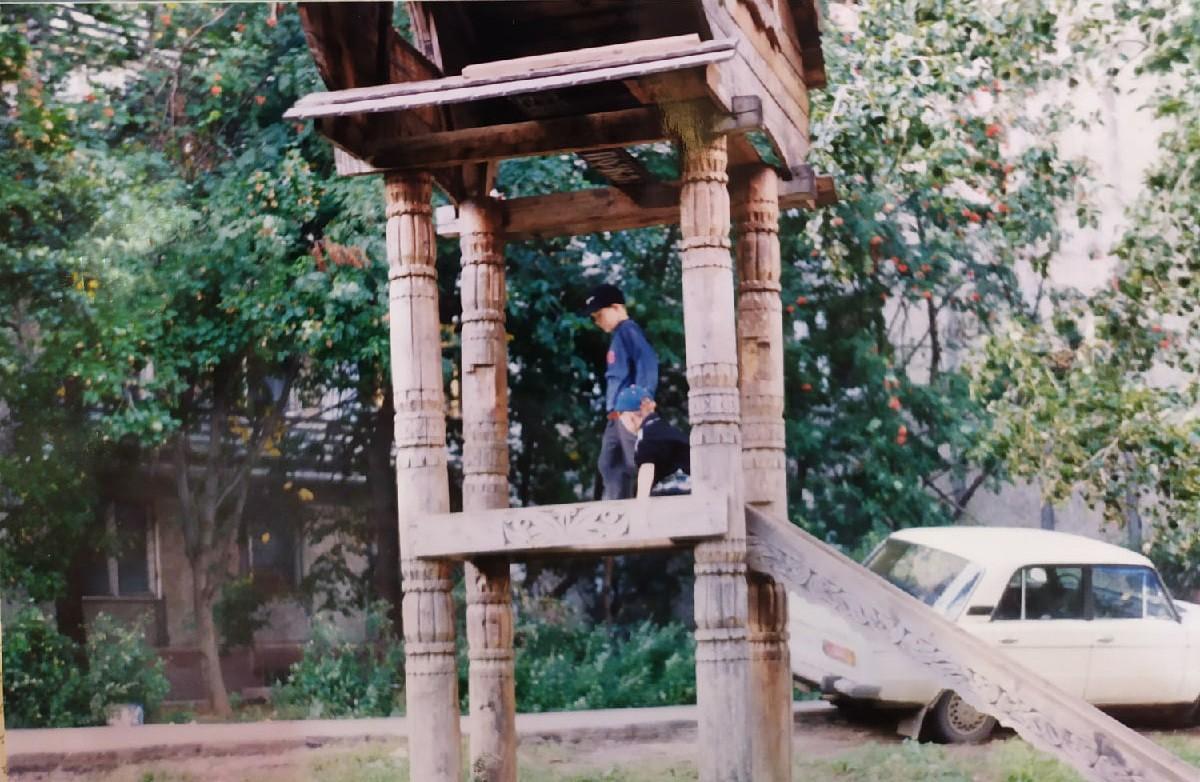 1995 Где-то в районе Очаковского пруда. Владимир Черныш2
