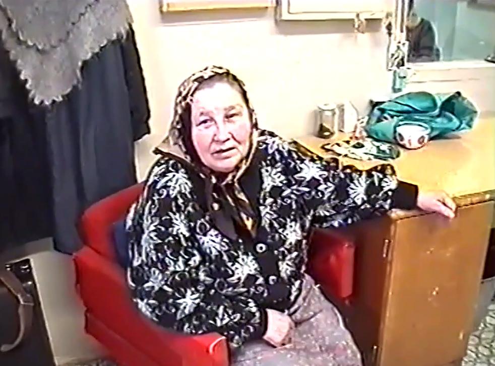 Бессменная и памятная для многих поколений учащихся гардеробщица Марья Константиновна