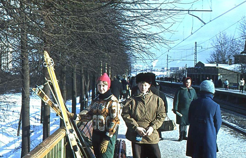 1971 Платформа Матвеевская. В.Сараф