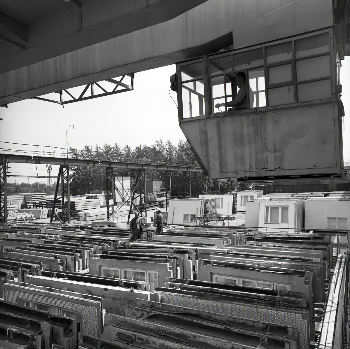 1972 Домостроительный комбинат №2. Склад готовых строительных панелей. Михаил Кухтарев, РИА Новости_cmpk