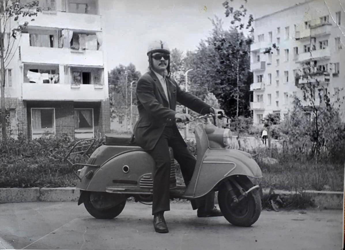 1972-75 за домом 19 по ул. Б.Очаковской