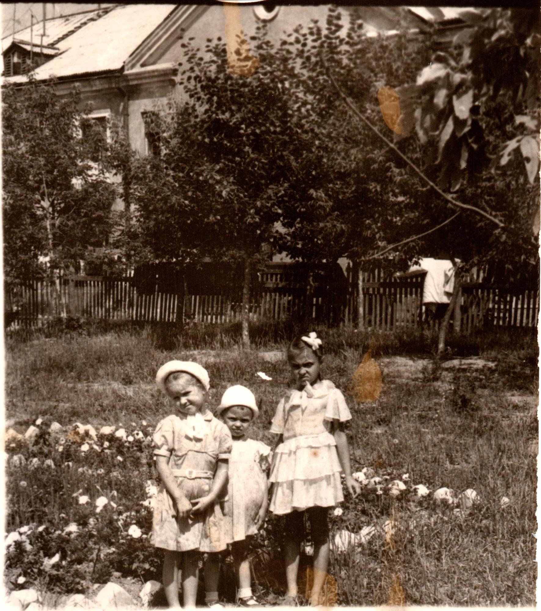 1959-61 у дома 4 в Очаково1