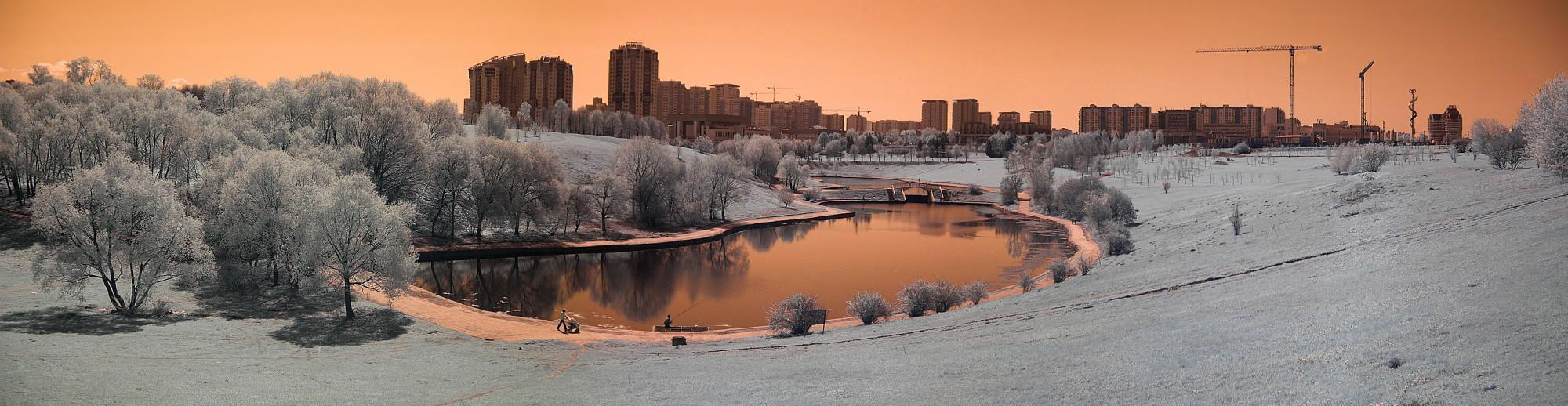 Парк олимпийской деревни зимой