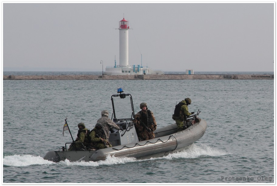 """Корабль ВМФ Франции """"La Fayette"""" прибыл с визитом в Одессу"""