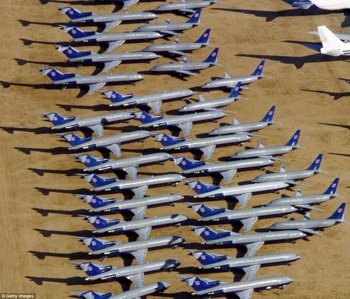 В отстойнике в Викторвилл,штат Калифорния находятся ни только списанные самолеты гражданской авиации,но и разработки гражданских и военых самолетов,которые были прекращены из-за урезания финансирования или программы по их разработке были признаны неэффективными.