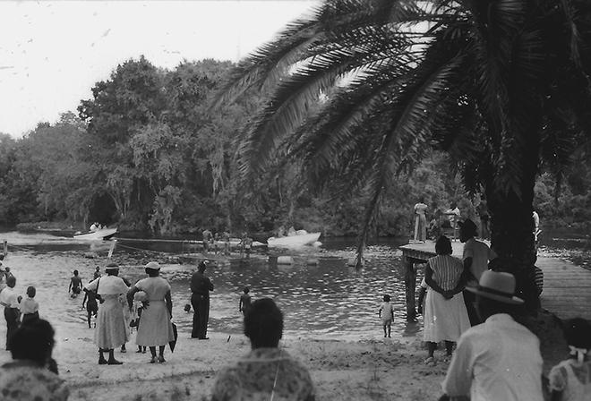 Ураган Ирма обрушился на острова у побережья