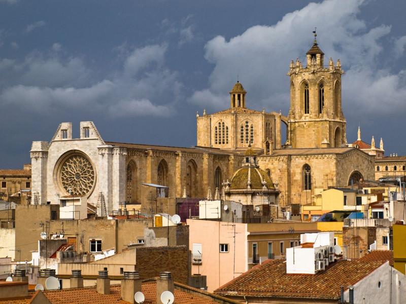 Кафедральный собор в городе  Таррагона(Tarragona)
