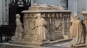 Хуана Пиментел-и-Энрикес (ок. 1404 - Гвадалахара, 6 ноября 1488 г.), называемая «грустной графиней», была кастильской дворянкой из Каса-де-Бенавенте (Пиментель) под названием графиня Монтальбан и леди города Аренас де Сан Педро Она была замужем за Альваро де Луна, констеблем Кастилии, Великим Магистром Ордена Сантьяго и действительным советником Хуанa II де Кастилии