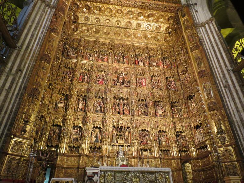 Главный алтарь кафедрального собора в Севилье. XV