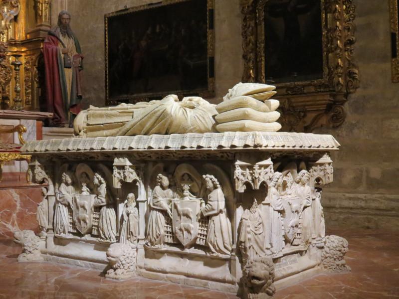 Lorenzo Mercadente de Bretaña. XV. гробницa кардинала Хуана де Сервантеса и Боканегры.