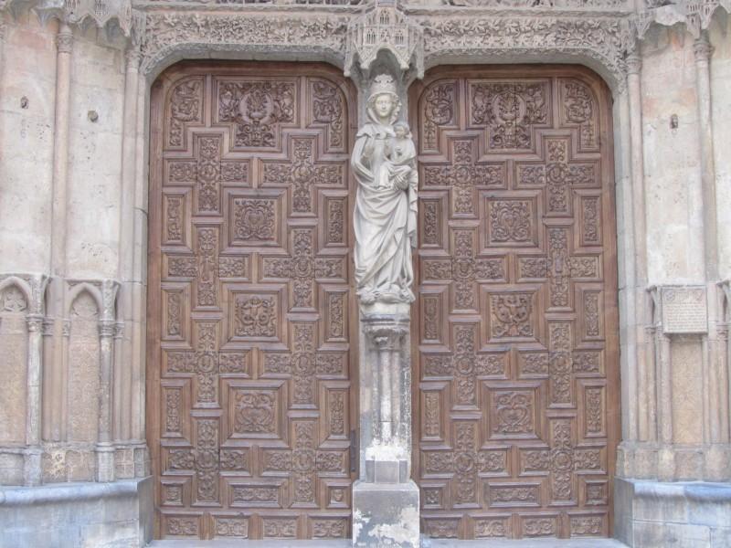 Дева Мария Бланка Западный фасад Кафедрального собора
