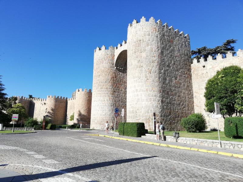 Крепостные стены Авилы