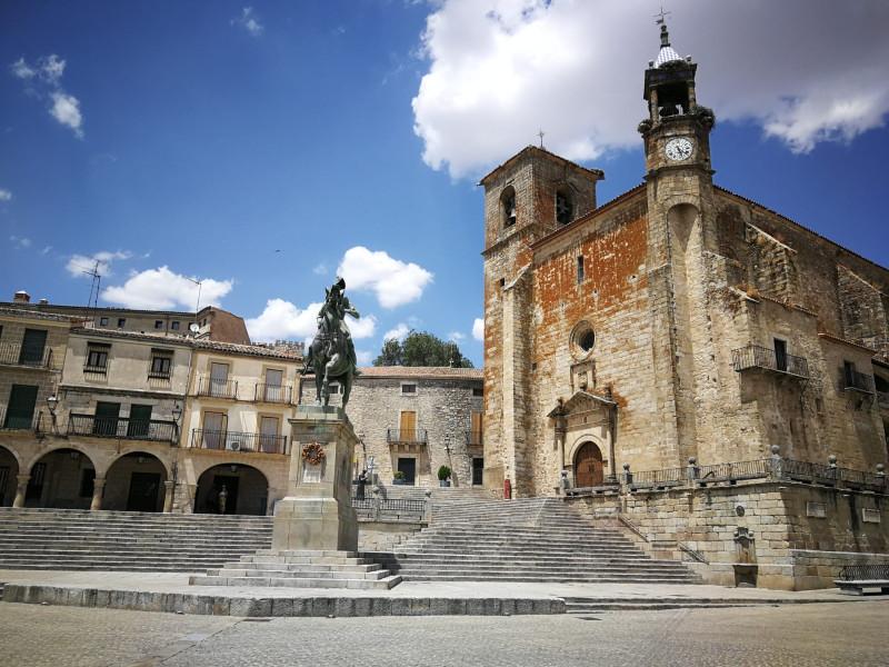 Церковь  Сан-Мартин-де-Тур - католический храм в испанском муниципалитете Трухильо, который расположен в одном из углов площади Пласа-Майор