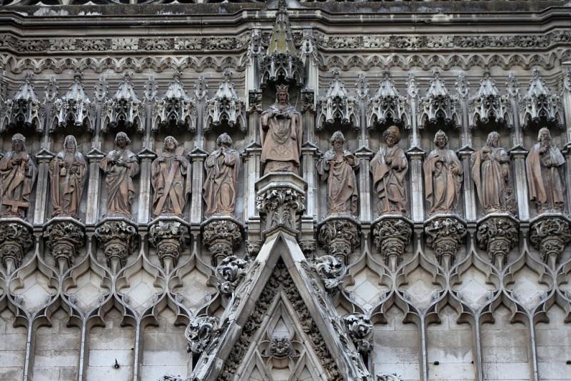 Апостольский ряд Портал Непорочного Зачатия . Кафедральный собор Севильи