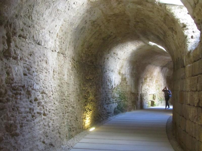 Римский театр в Кадисе, вмещавший около 20 000 зрителей.