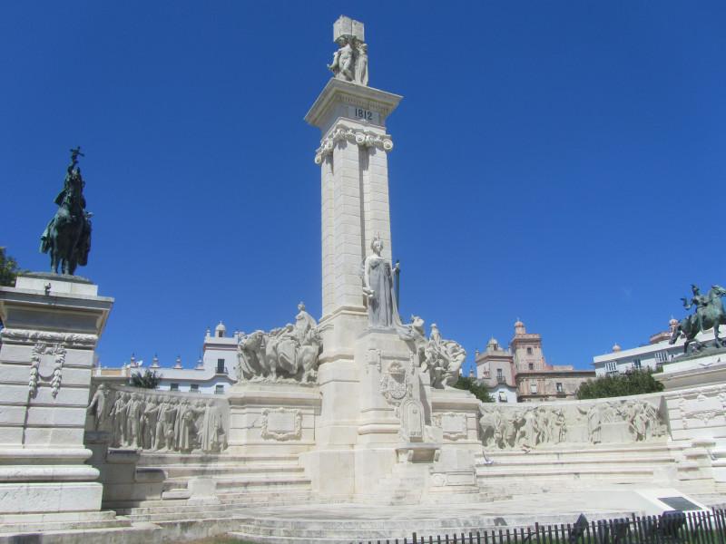 Кадис. Монумент Конституции 1812 года