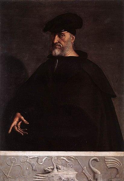 В звании адмирала  Андре Дориа командовал несколькими экспедициями против турок, захватил Корони и Патры (1532), вместе с императором участвовал в захвате Туниса (1535). Карл V нашёл в Дориа неоценимого помощника в своей борьбе с Франциском I, через Дориа он распространил влияние империи на всю Италию.