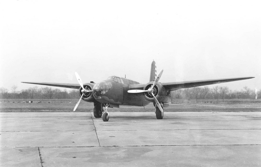 Douglas_A-20A_-_Wright_R-2600-3_Engines_(00910460_206).jpg