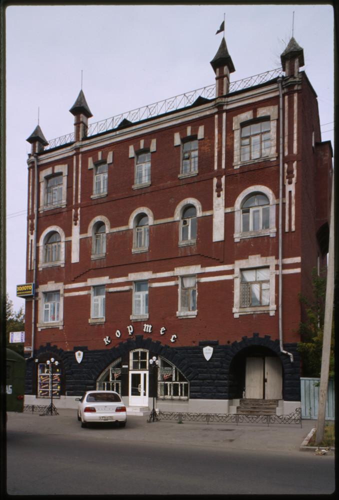 Averina apartment building (1914-17), Barnaul, Russia..jpg