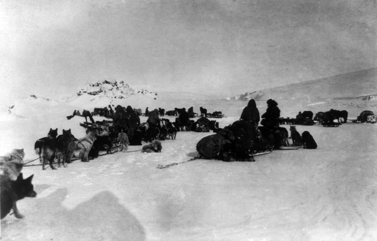 Ziegler_polar_expedition_camp_cph_3a02346.jpg