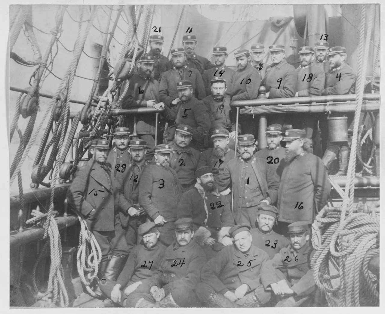 Survivors and rescuers of Greely Expedition.jpg