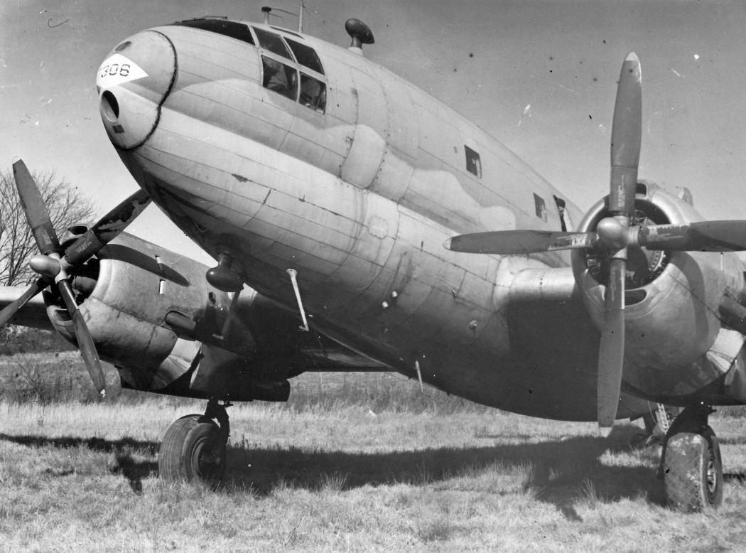 wgn_photos_warplanes_to_siberia_image_05_curtiss_c-46_commando.jpg