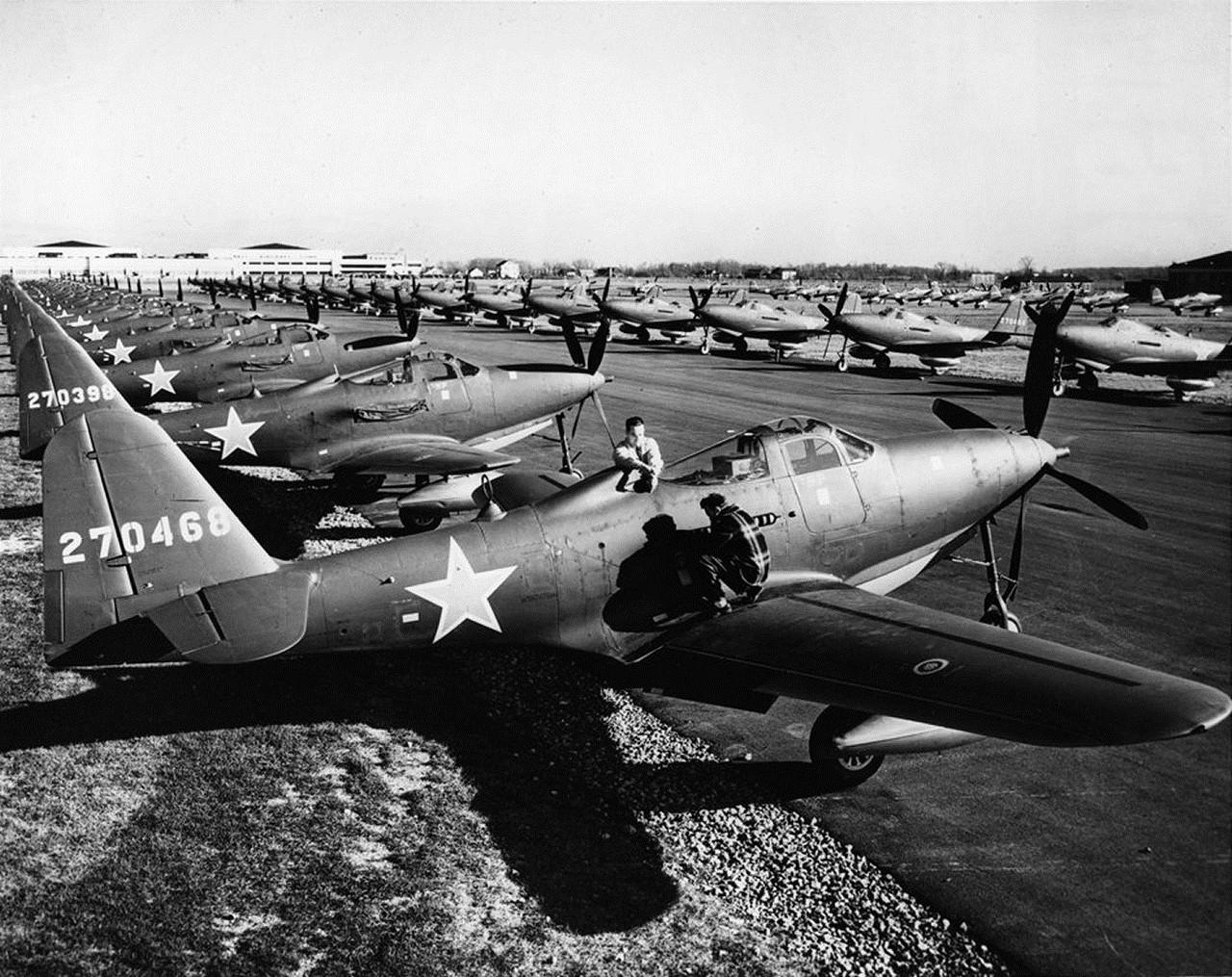 wgn_photos_warplanes_to_siberia_image_03_bell_p-63_kingcobra.jpg