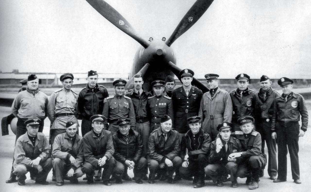 american_and_sovet_pilots.jpg