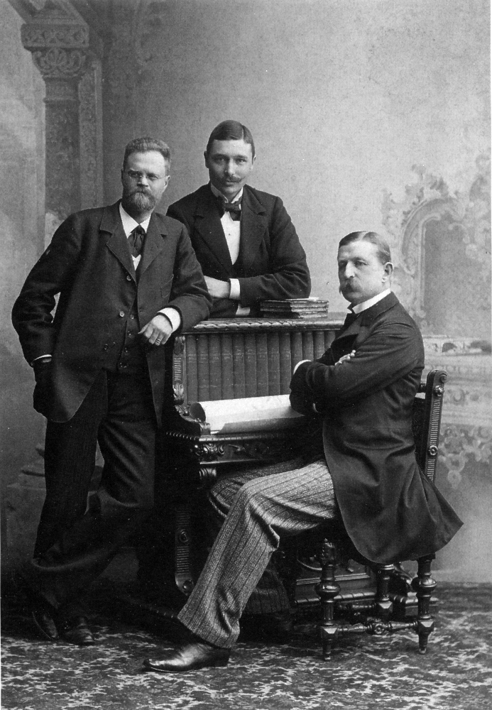 Andree_balloon_crew_1896.png