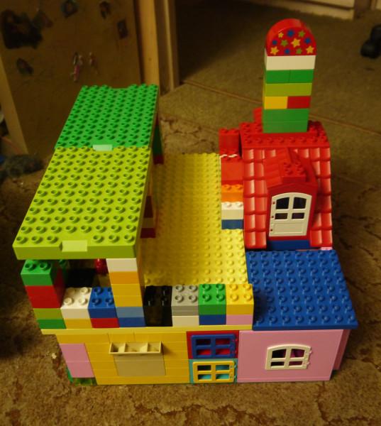 наш лего-домик 2