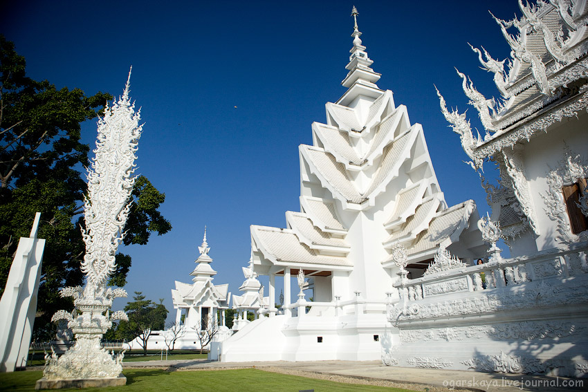 Белый храм в чанг рая