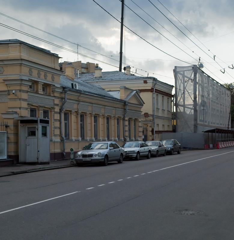 M_Nikitskaya_13_Aug_2009_01.jpg