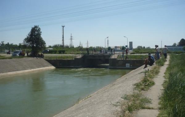 U-Zelenskogo-otvetili-na-slova-Shmygalja-o-vode-v-Krym.jpg
