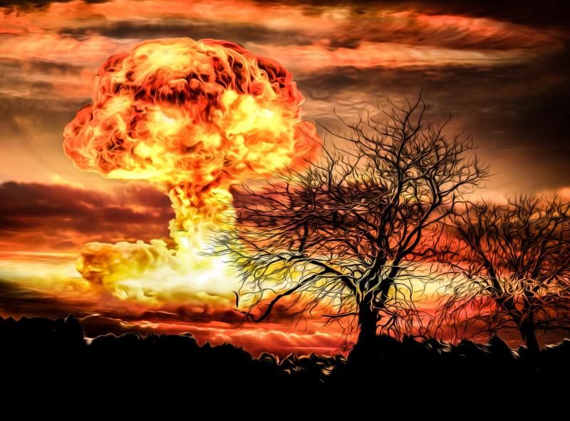 nuclear-bomb-explosion-14787960865LB.jpg