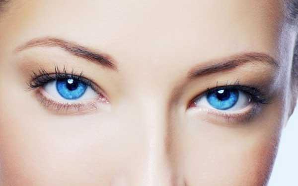 Изобретен способ изменить цвет глаз