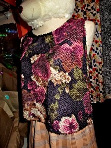OM Furry Floral 2
