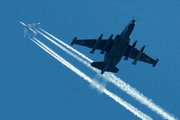 Су-25 vs Боинг-777