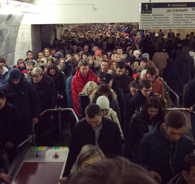 Московское метро 9 марта 2016