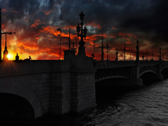 saint-petersburg-russia-bridge-sunset-clouds-river-world-480x640