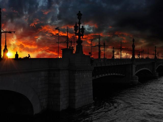 saint-petersburg-russia-bridge-sunset-clouds-river-world-480x640