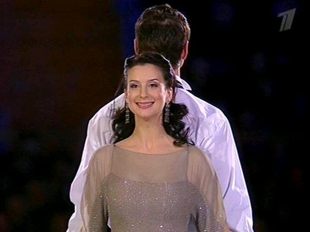 Екатерина Стриженова В Постели – Любовь И Немного Перца (2011)