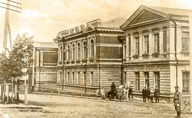 Фотографии Старой Пензы. Улица Лекарская. Реальное училище.