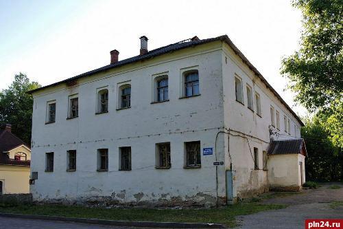 Дом Постникова