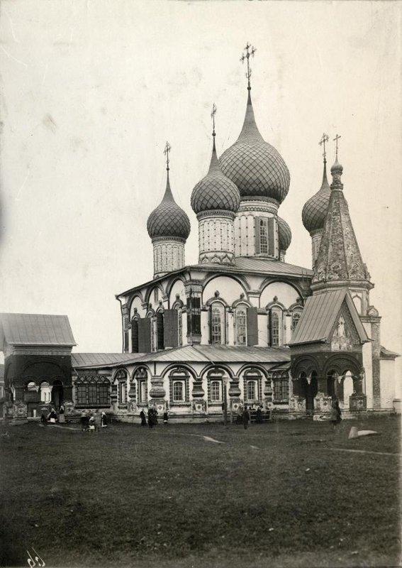 1882 Коровники